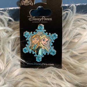 Official Disney Frozen collector pin brand new